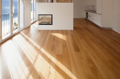 flooring installer, wood floor installation, fitting of wood flooring